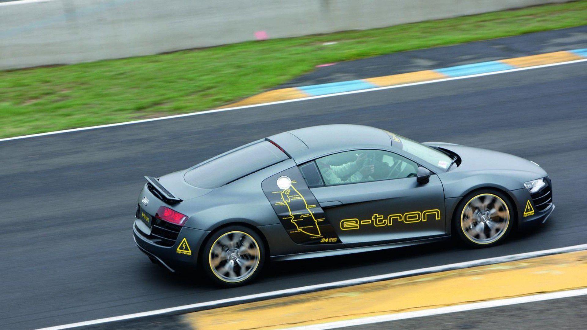 Audi R8R (Le Mans Prototype)