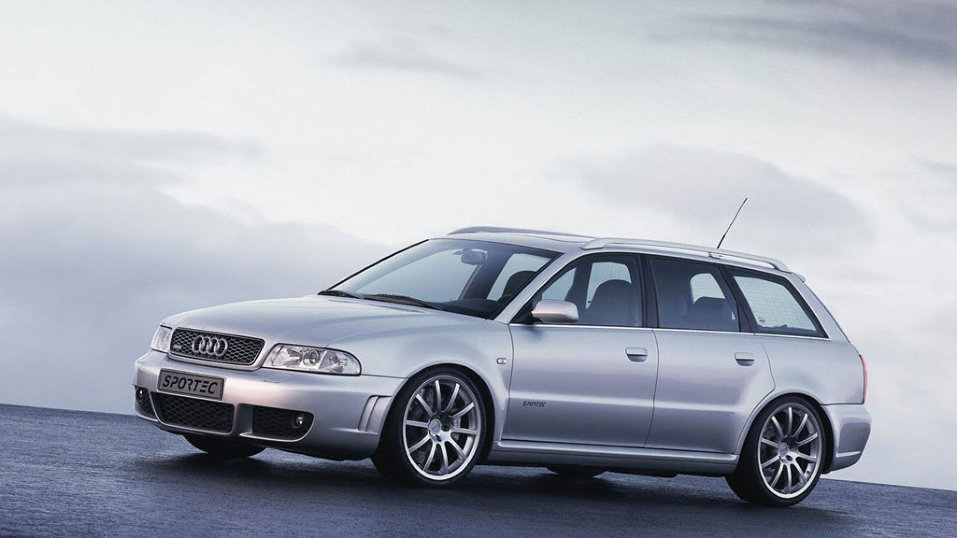 Audi RS 4 Avant (2000 to 2001)
