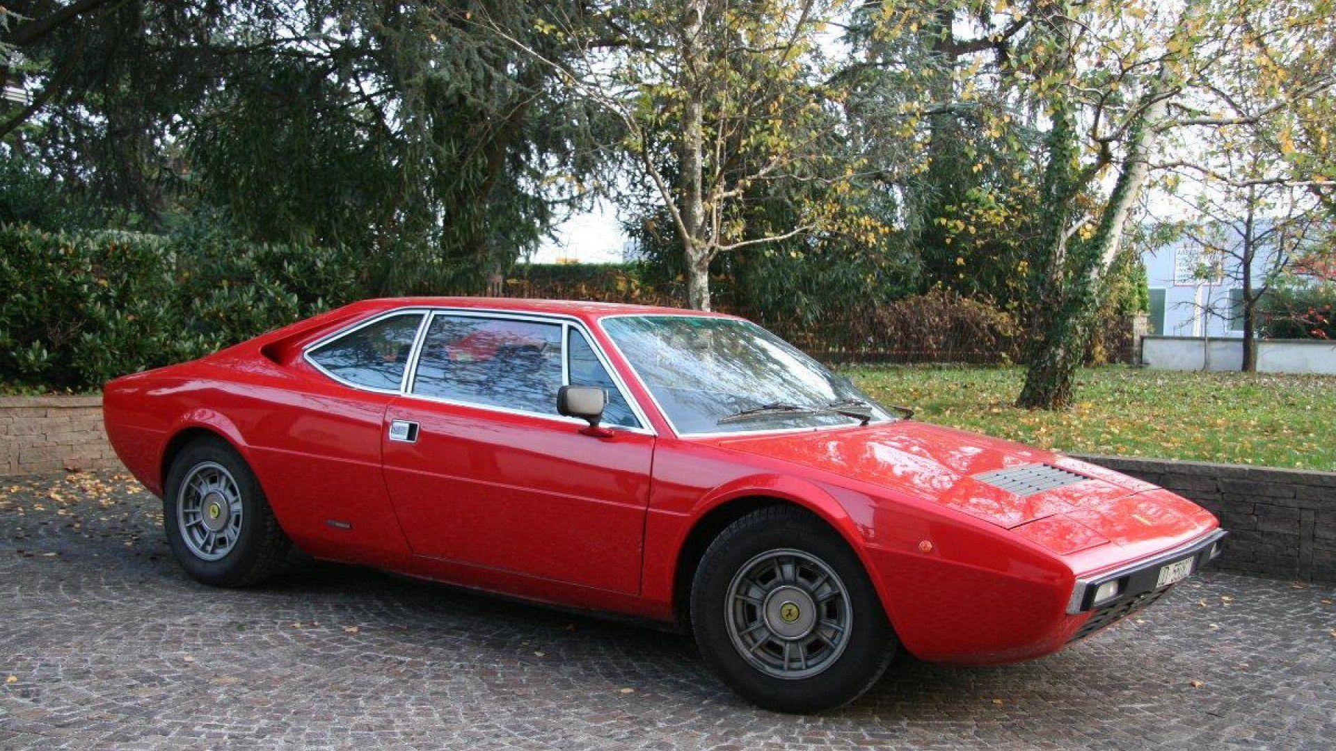 Ferrari 208 GT4 on Bentley Engine Scheme
