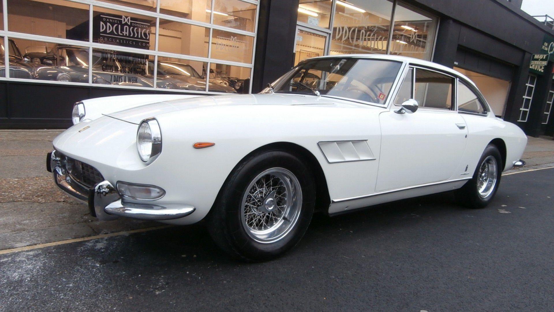 Ferrari 330 GT 2+2 Mk II