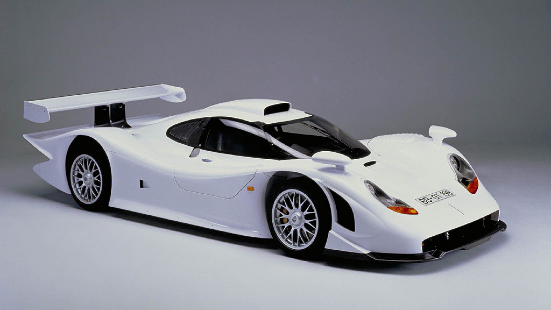 porsche 911 gt1 definitive list cars. Black Bedroom Furniture Sets. Home Design Ideas